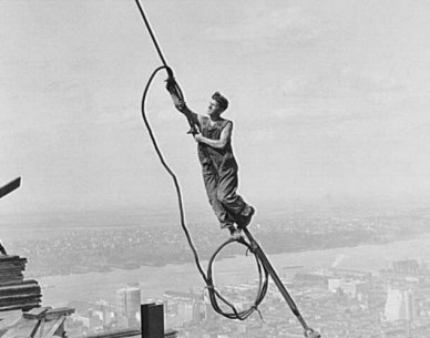 got grit Builders-in-New-York-at-Insane-Heights-12-634x500.jpg.pagespeed.ic.-16ueDajTa